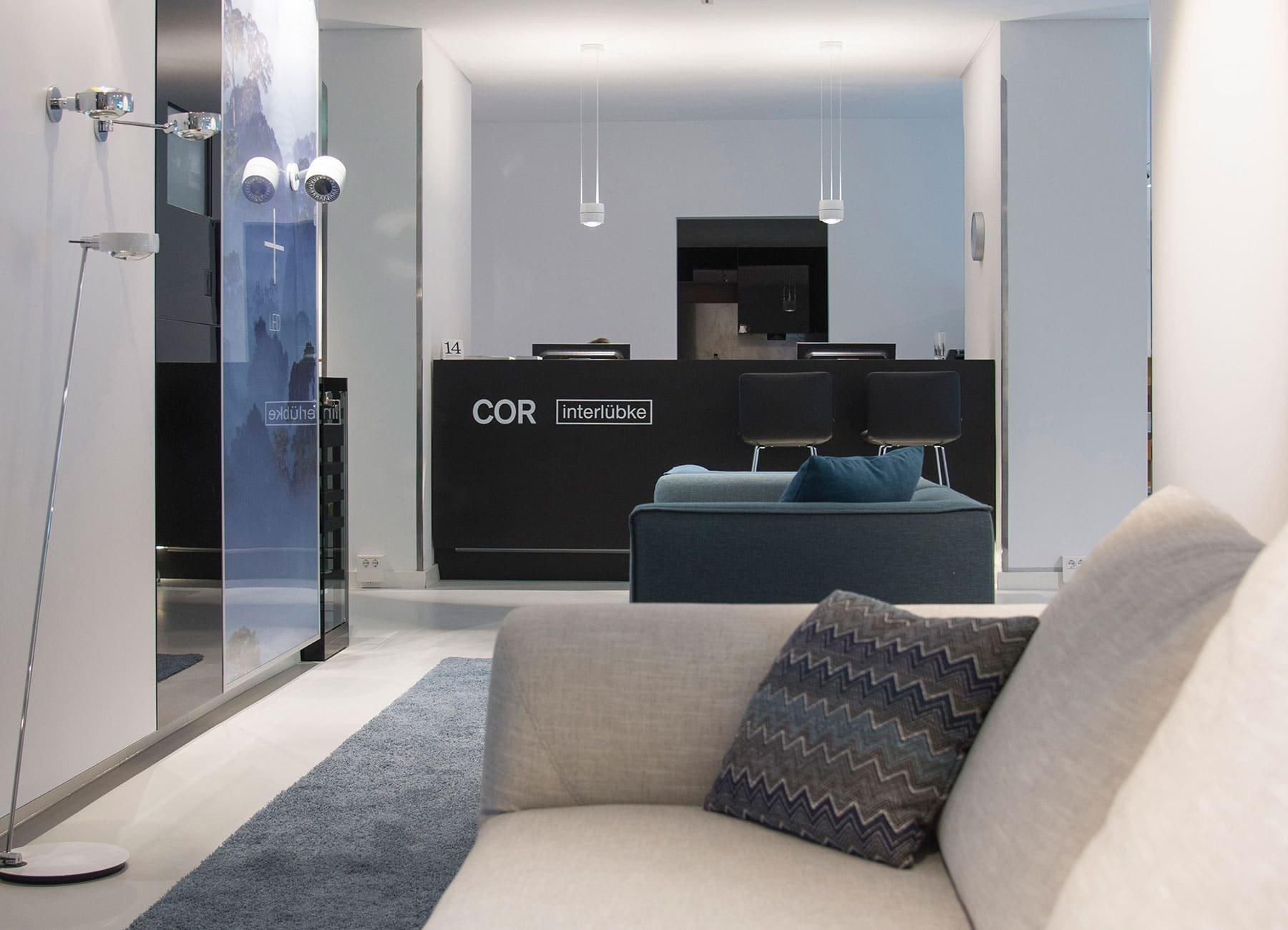 frischer wind f r m nchens wohnkultur cor. Black Bedroom Furniture Sets. Home Design Ideas