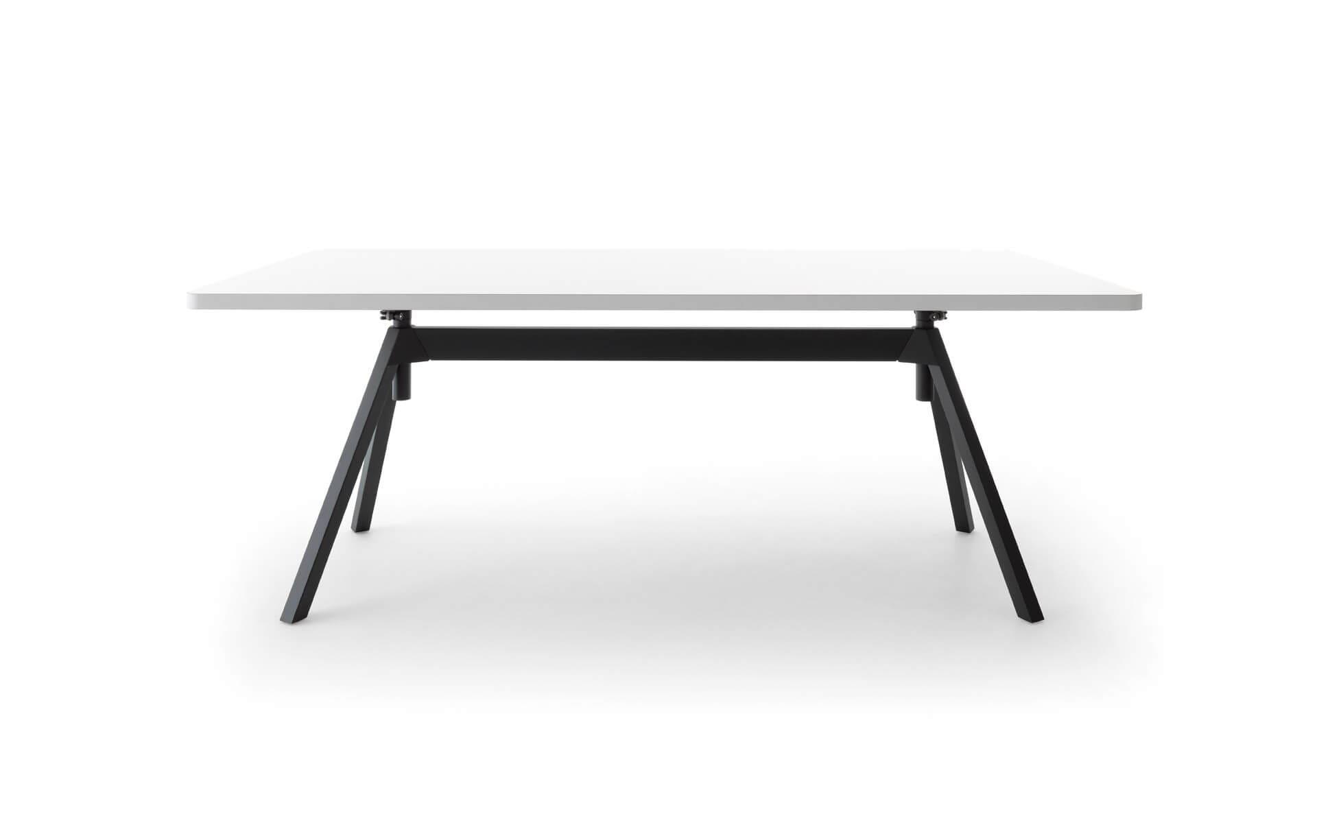 Level Tisch Cor