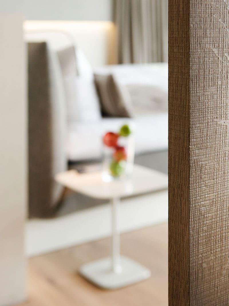 jalis beistelltisch b professional cor. Black Bedroom Furniture Sets. Home Design Ideas