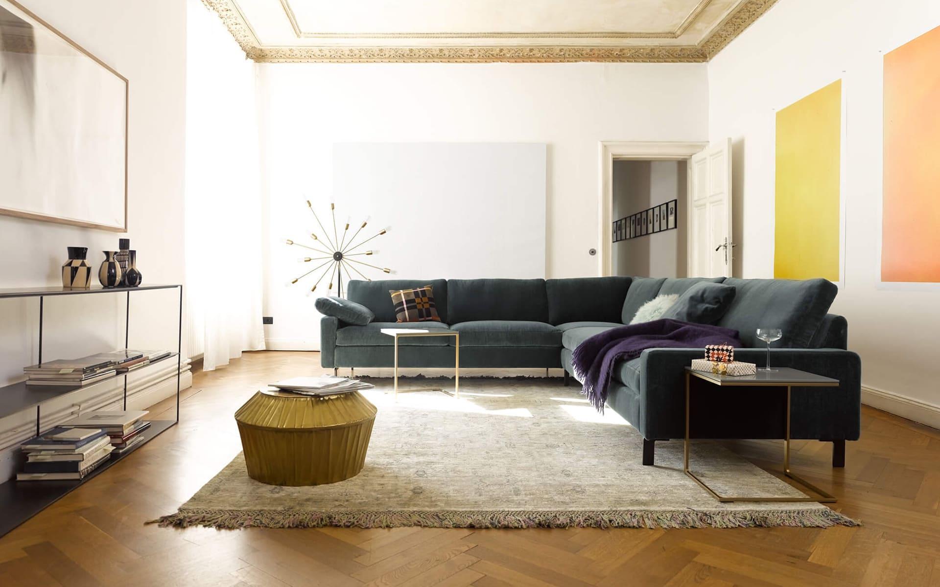 living cor. Black Bedroom Furniture Sets. Home Design Ideas