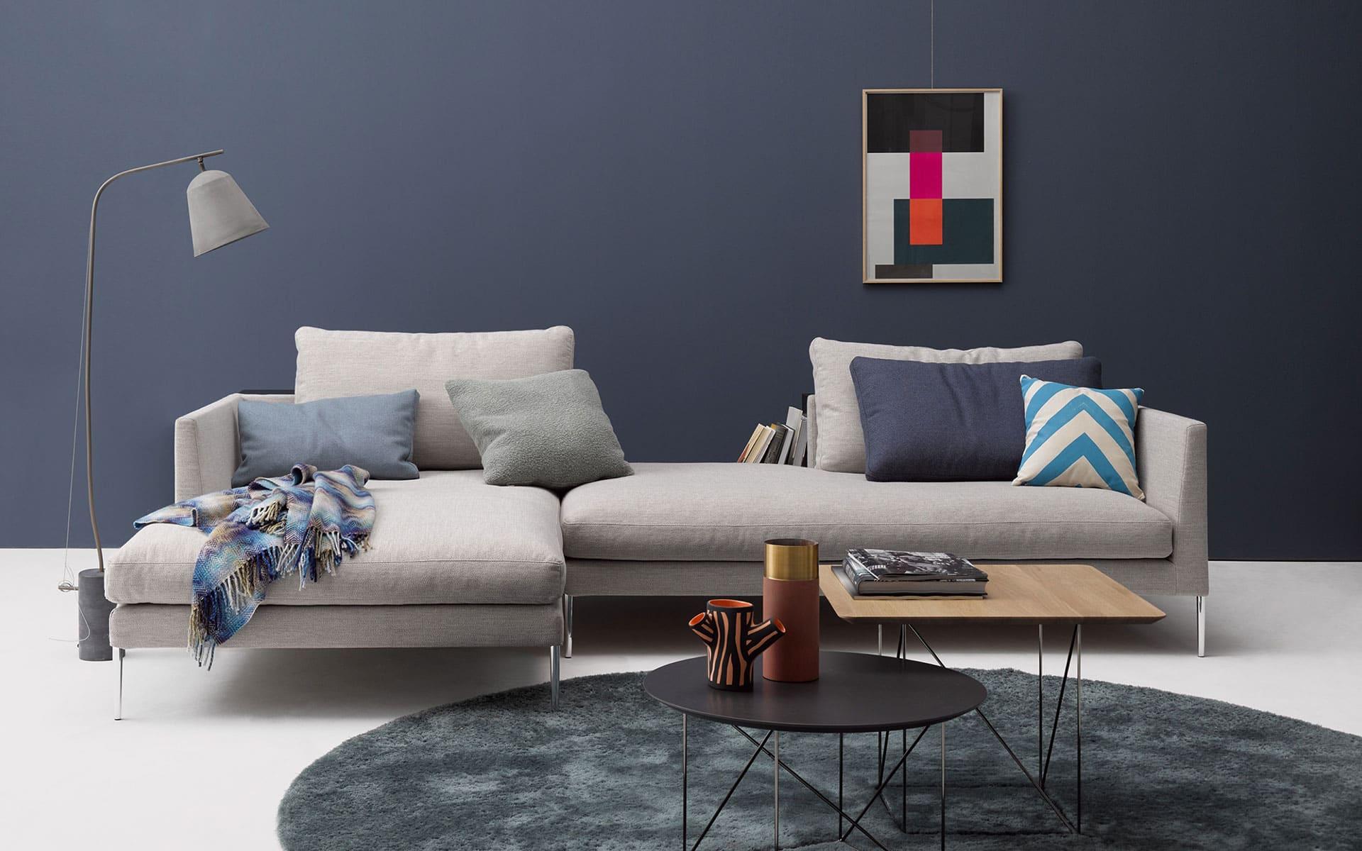 professionals cor. Black Bedroom Furniture Sets. Home Design Ideas