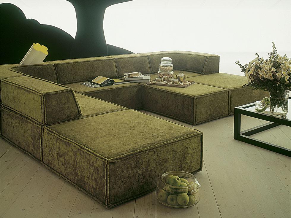 company cor. Black Bedroom Furniture Sets. Home Design Ideas