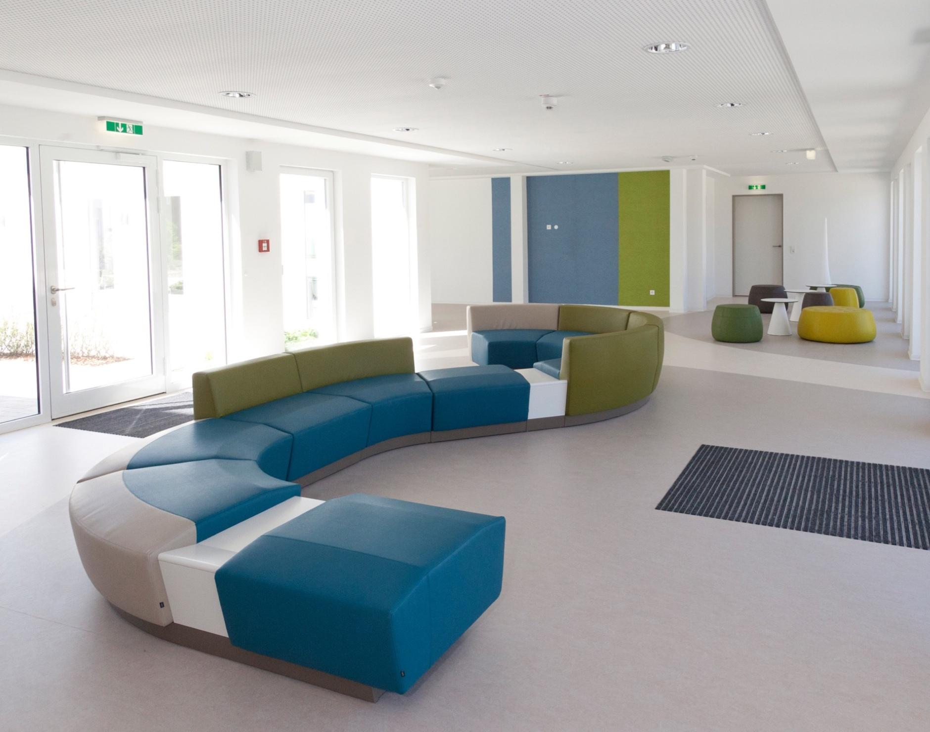 clinica las condes cor. Black Bedroom Furniture Sets. Home Design Ideas